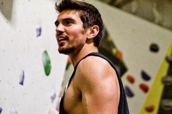 Steve Grand goes rock climbing
