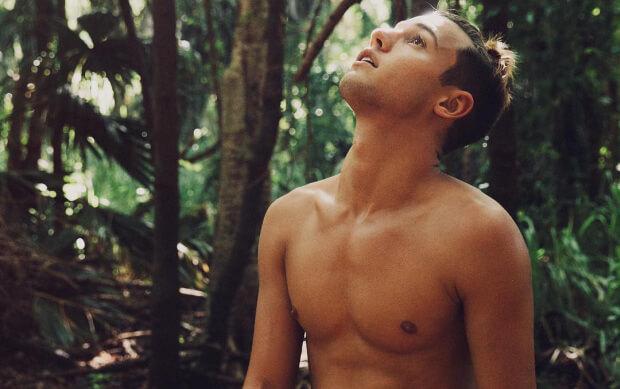 Cameron Dallas in Hawaii