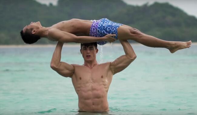 Pietro Boselli beach workout