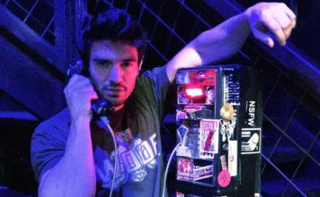 Steve Grand phone