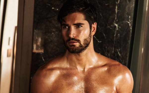 Nick Bateman towel