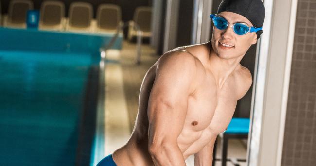 Shirtless swimmer man