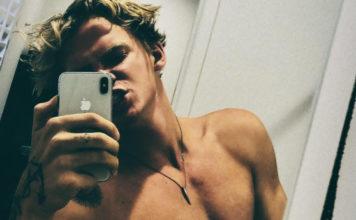 Cody Simpson shirtless