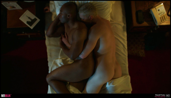 Arinzé Kene Rusell Tovey naked the pass