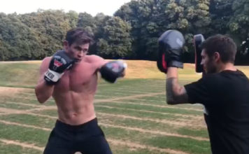 Chris Hemsworth training