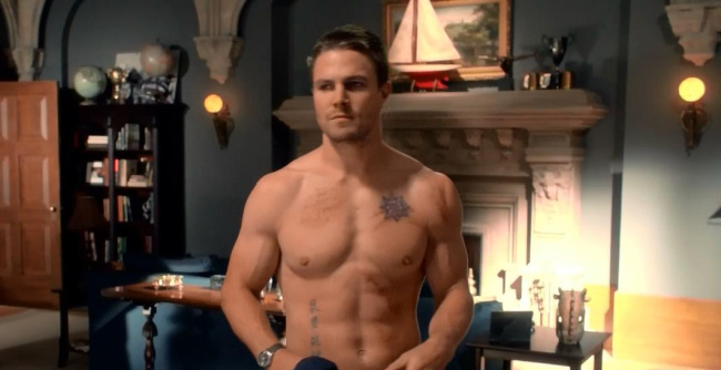 Stephen Amell shirtless arrow
