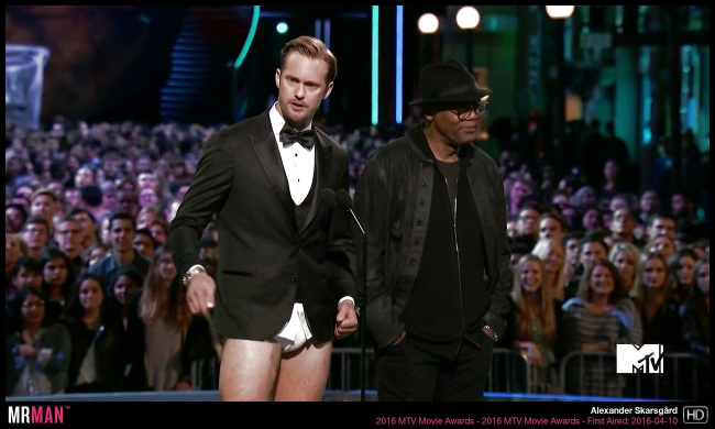 Alexander Skarsgard mtv movie awards