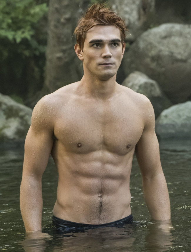KJ Apa shirtless riverdale season 3
