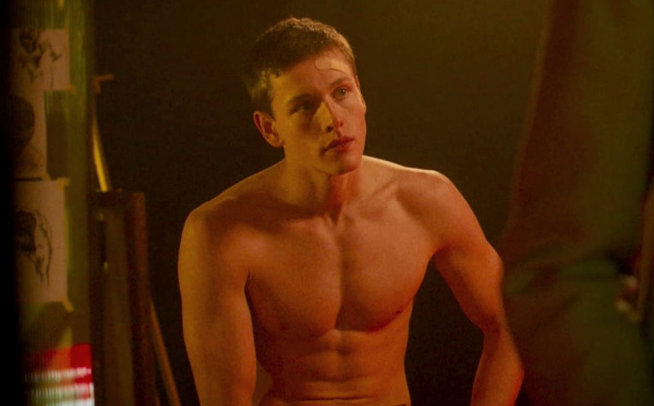 harris dickinson shirtless