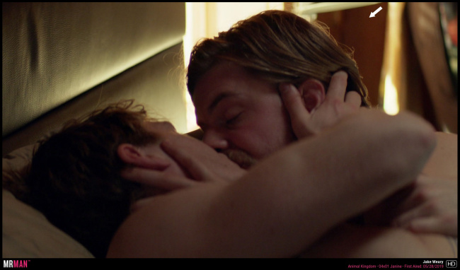 Jake weary gay kiss animal kingdom