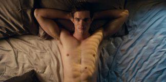 Jacob Elordi shirtless bed